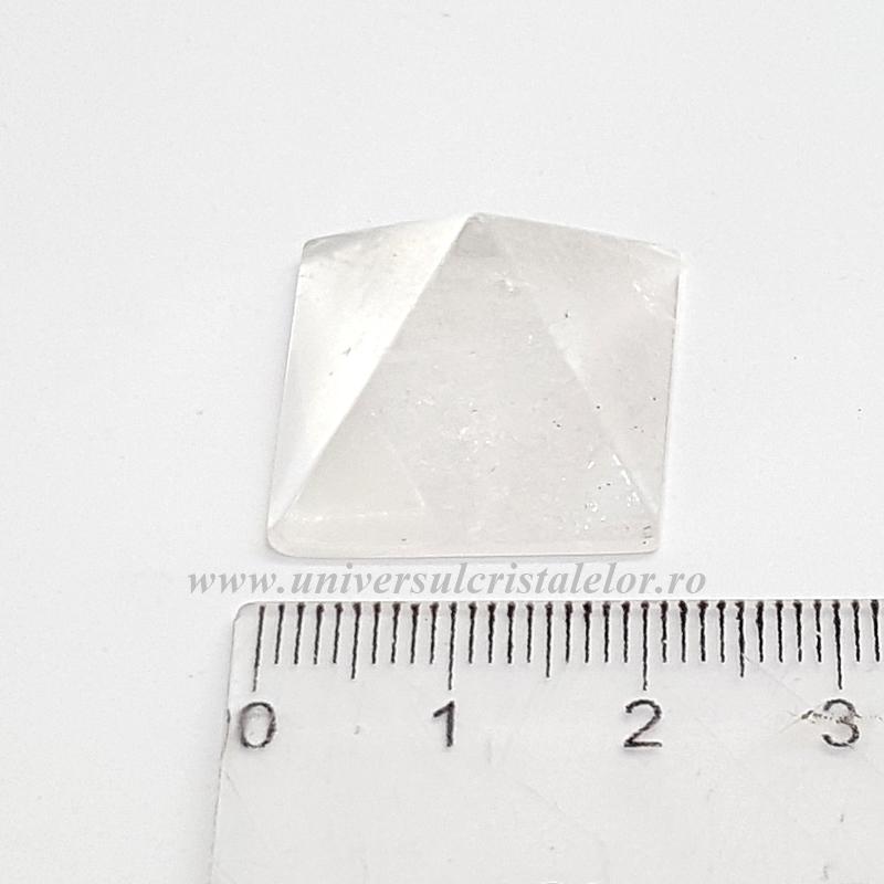 Piramida cristal de stanca