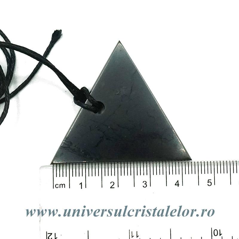 Pandantiv shungit triunghi